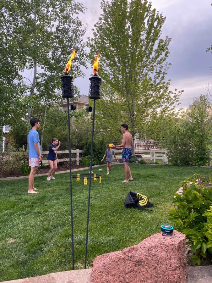 Looking for some fun this summer? You will want t o try these 10 backyard activities!