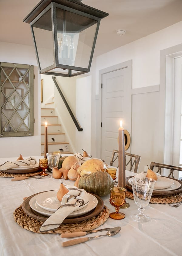 Welcome Home Sunday: A 5 Minute Thanksgiving Tablescape