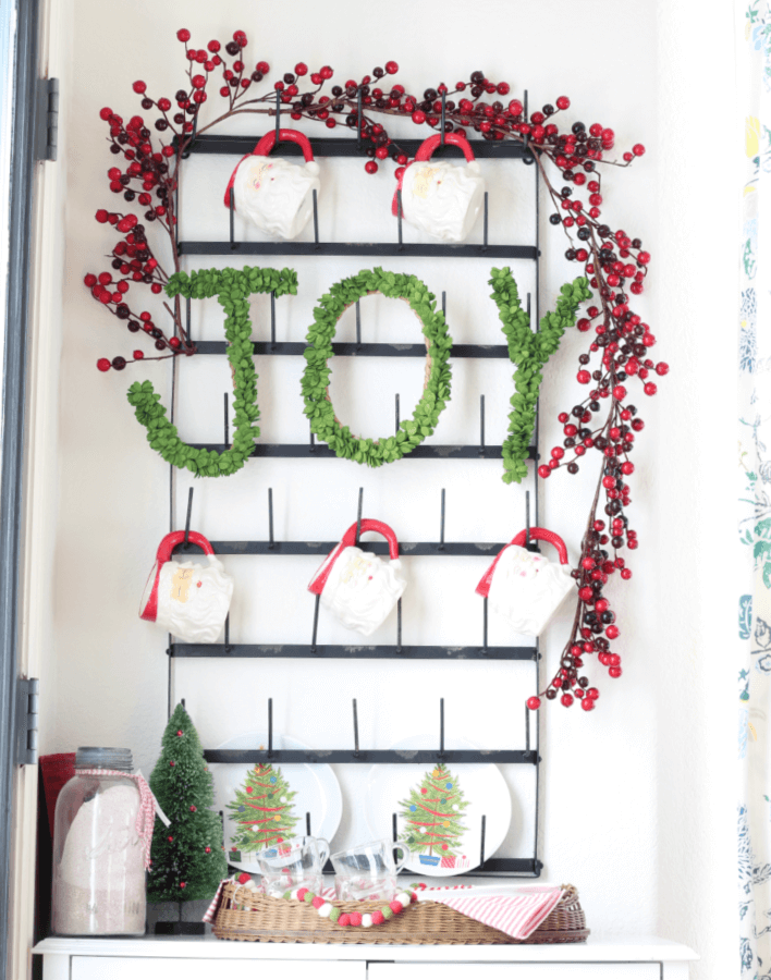 Pop on over for 5 fun tips for creating a family friendly hot cocoa bar!