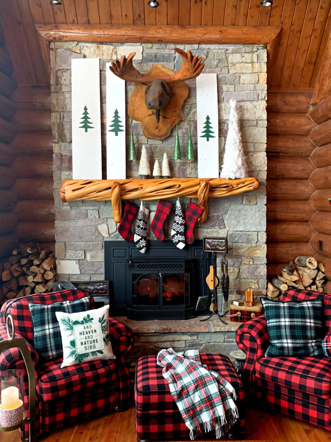 Welcome Home Sunday: Cozy Cabin In Th Woods Christmas Tour