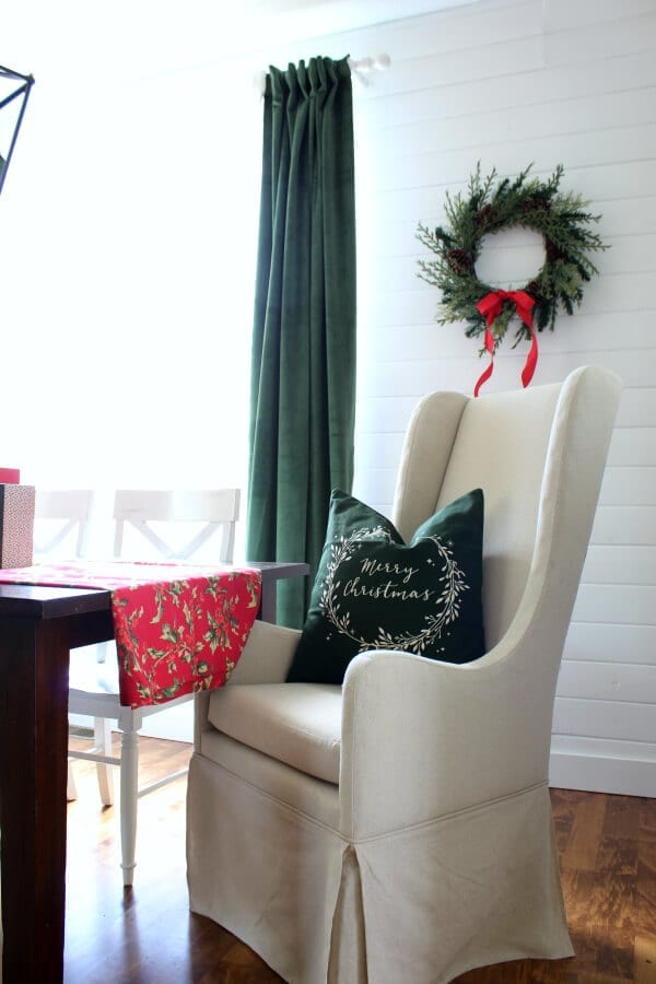 Christmas decor in the dining room.