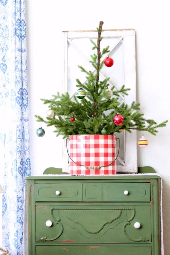 Our Christmas home tour featuring family heirloom shiny brite ornaments.