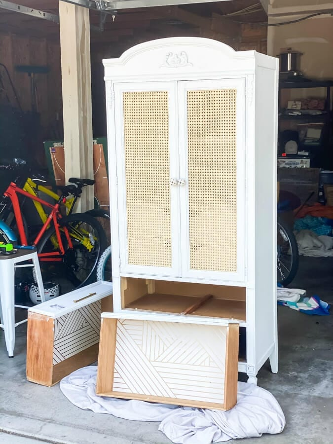 Can webbing and some paint gave this Facebook marketplace find new life!