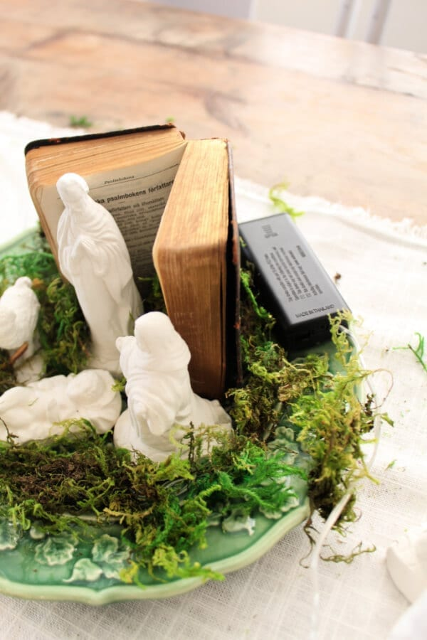 DIY Nativity Centerpiece perfect for Christmas! using moss and fairy lights