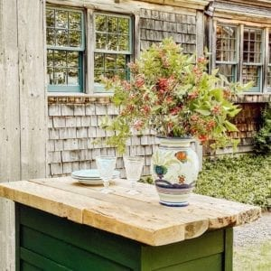 Welcome Home Sunday with Dabbling and Decorating; Outdoor grilling station