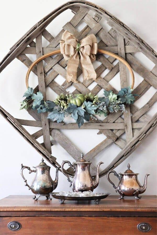 Welcome Home Sunday: Easy DIY Fall hoop wreath