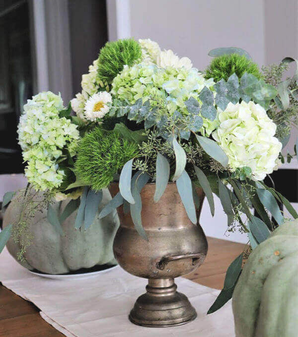 Welcome Home Sunday: 4 Easy Fall Arrangements to try!