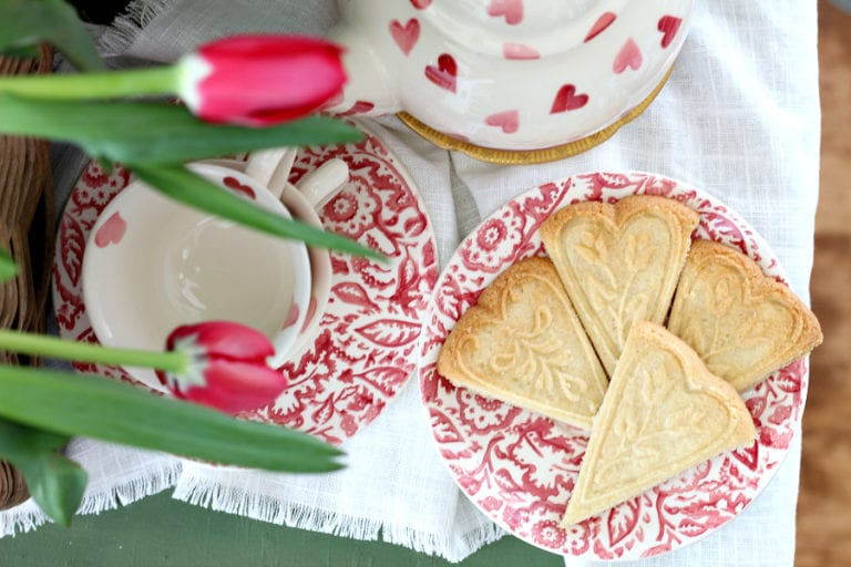 Quick and Easy Heart Shaped Shortbread Cookies