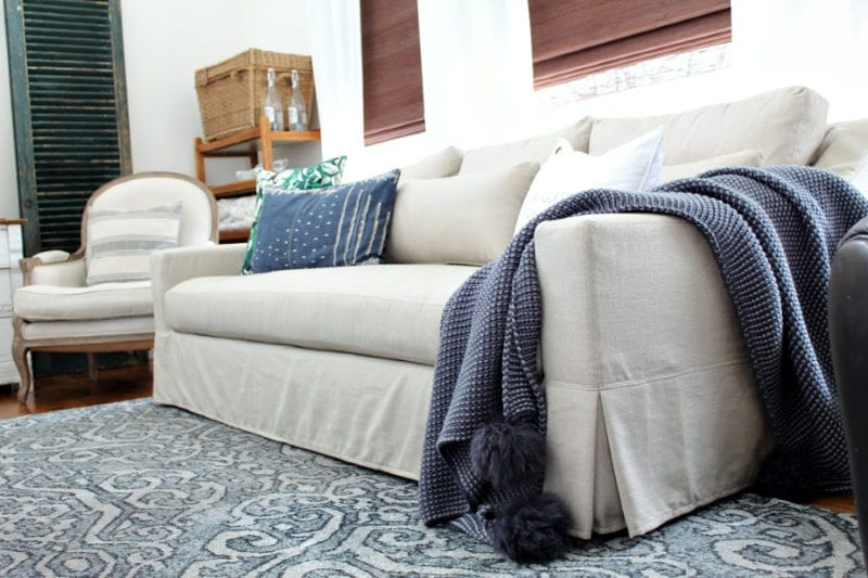 An honest review of our Pottery Barn sofa.