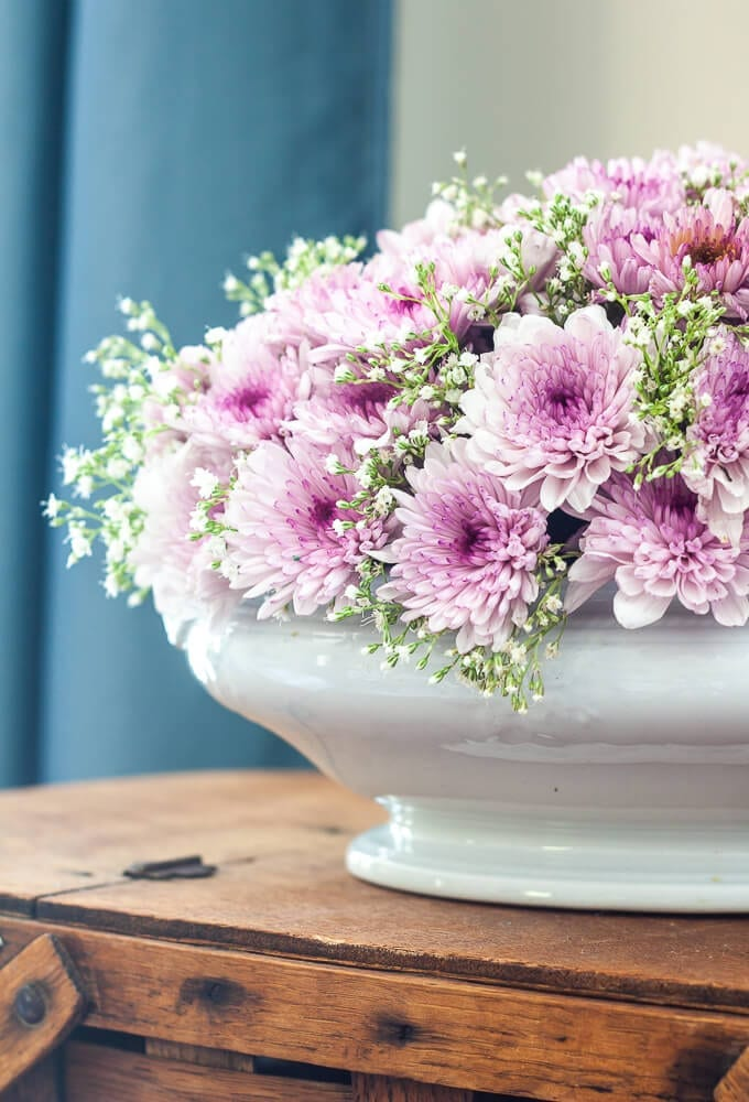 Welcome Home Saturday: How To Make a Beautiful Flower Arrangement