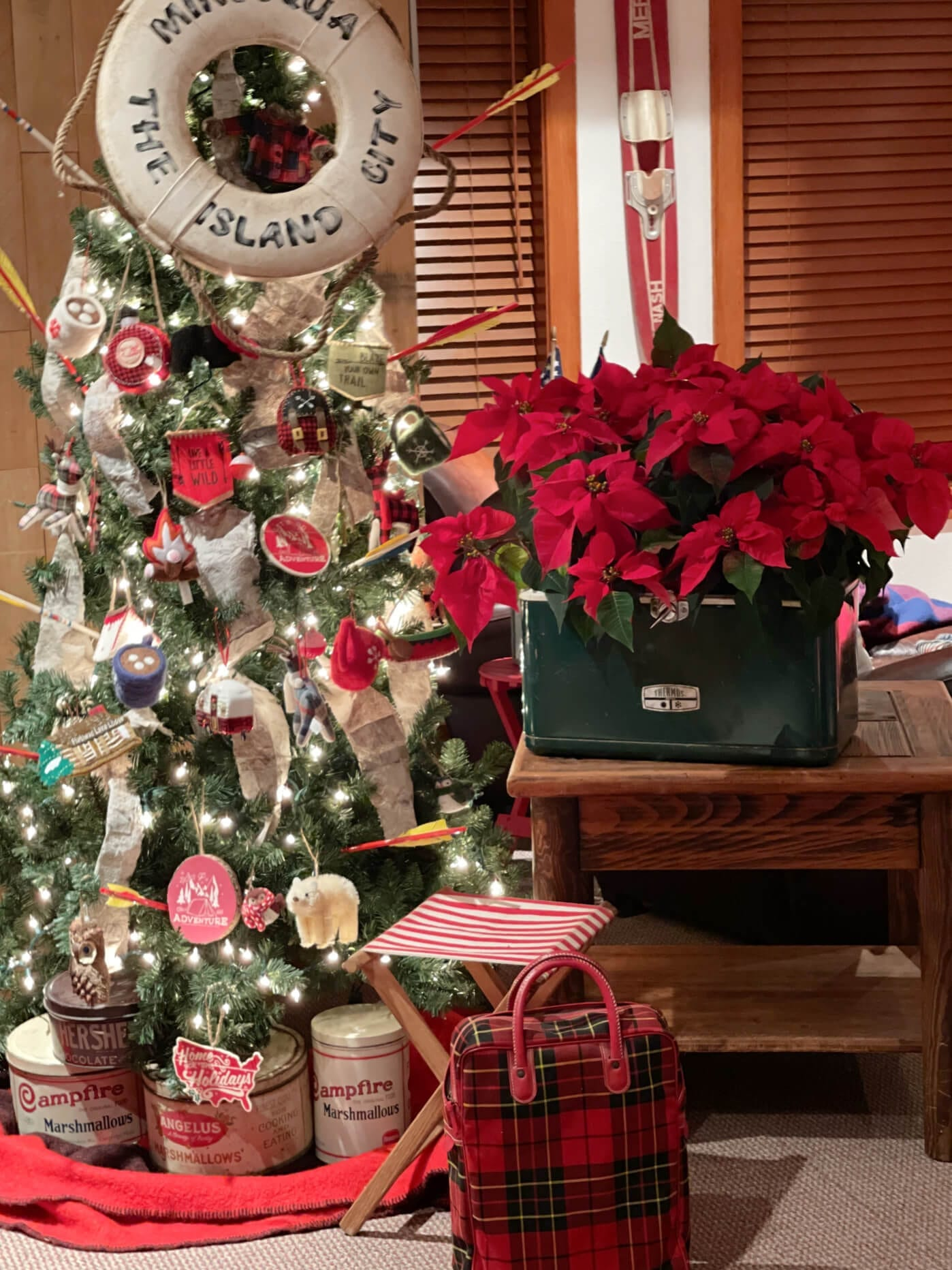 A Northwoods Christmas Home Tour