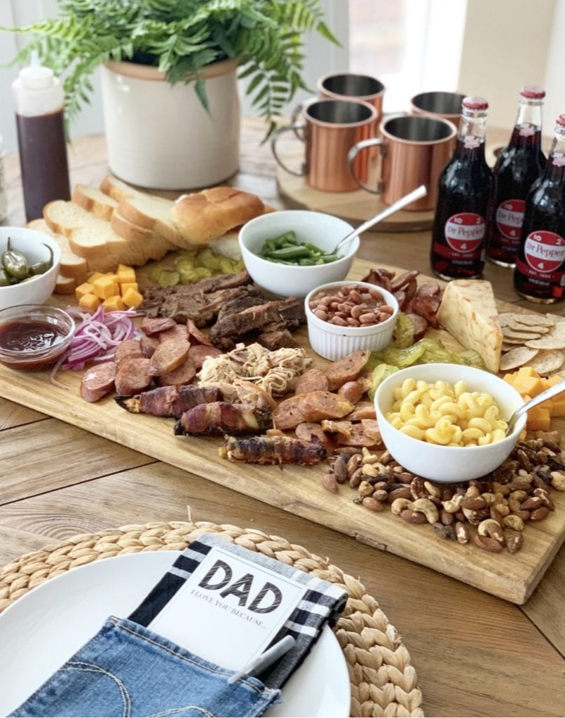 Welcome Home Saturday: BBQ board and printables for dad - summer inspiration