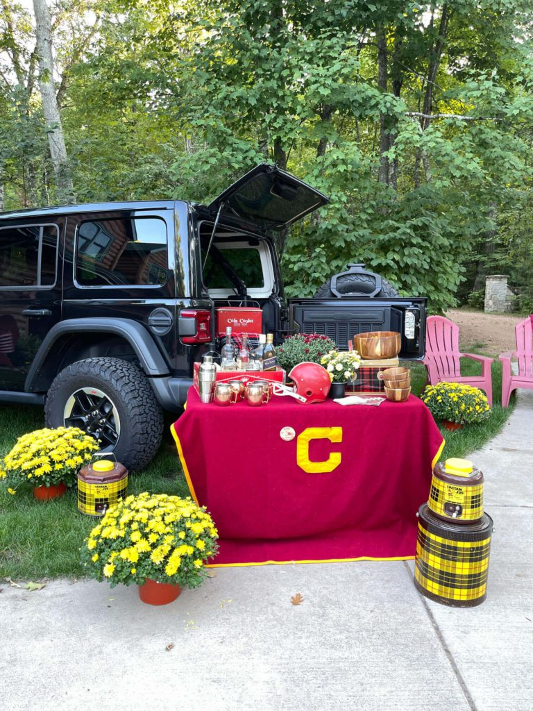 Welcome Home Saturday: Styling a festive tailgate party