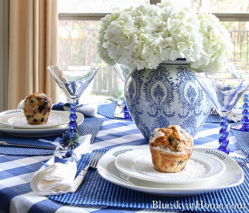 Welcome Home Saturday: How to style a blue and white Spring tablescape