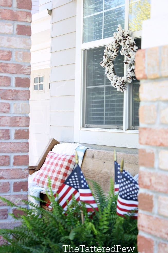 Our front porch is Summer ready!