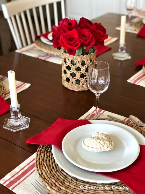 Welcome Home Sunday: Calypso in the Country red and white Valentine table!