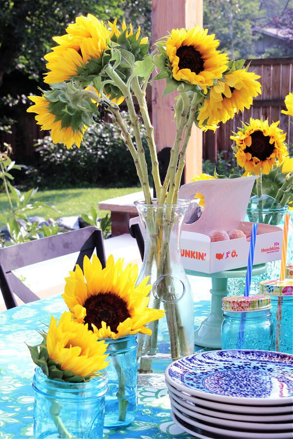 A bright outdoor back to school breakfast with sunflowers!