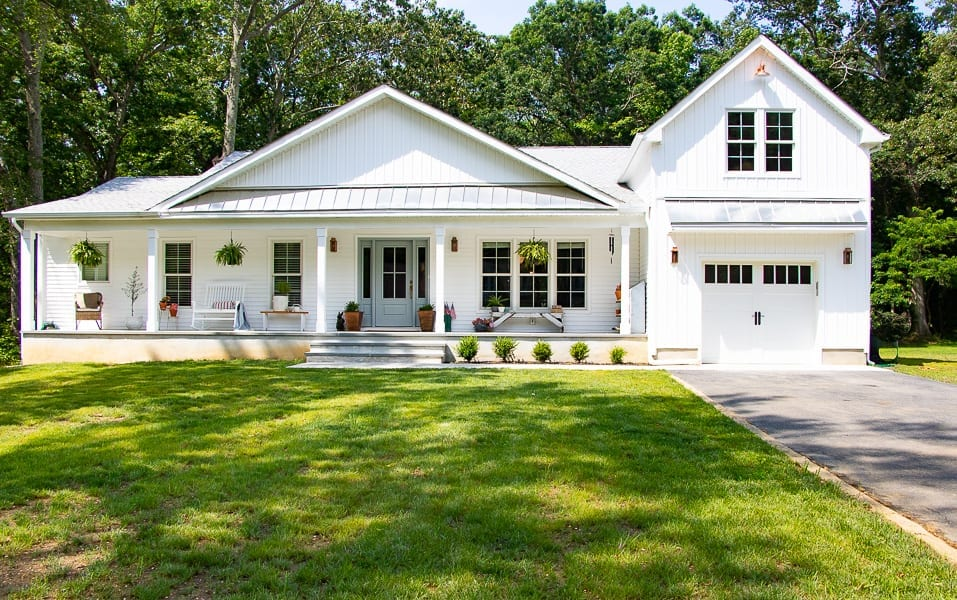 Welcome Home SUnday: Summer Curb Appeal
