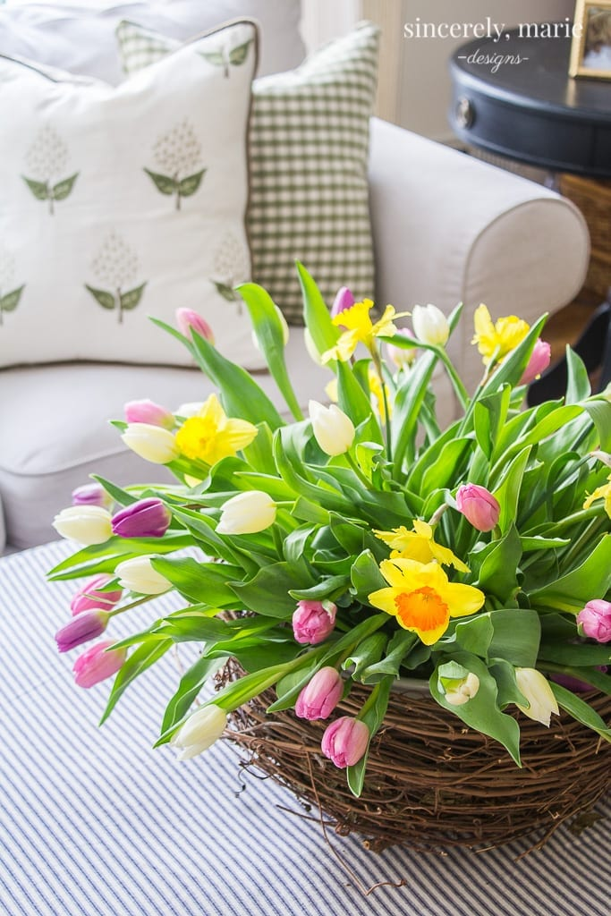 Welcome Home Sunday: Recipes, Kitchens, Organizing & Flowers