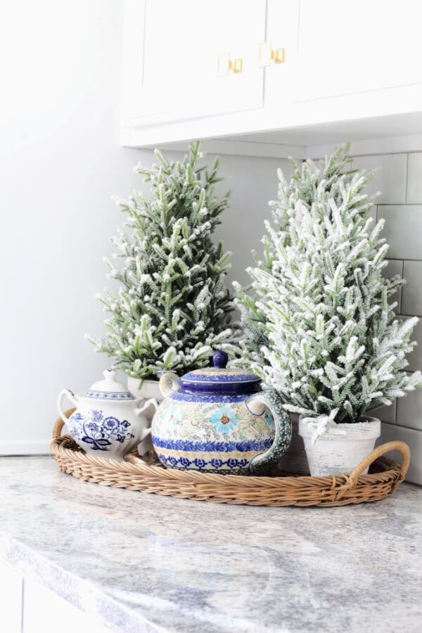 tea pots and trees: Winter Decor for your kitchen counter!