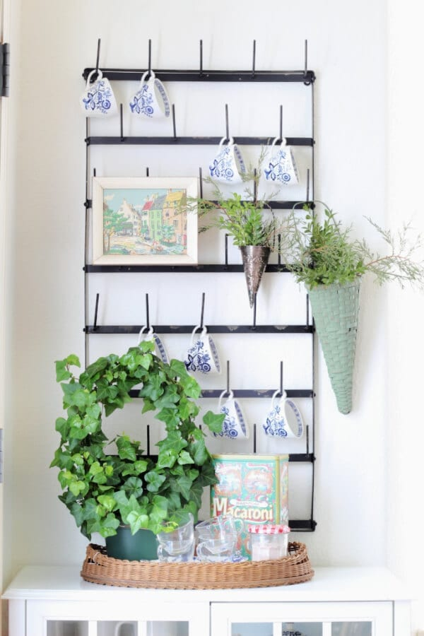 Winter mug rack decor for your kitchen.