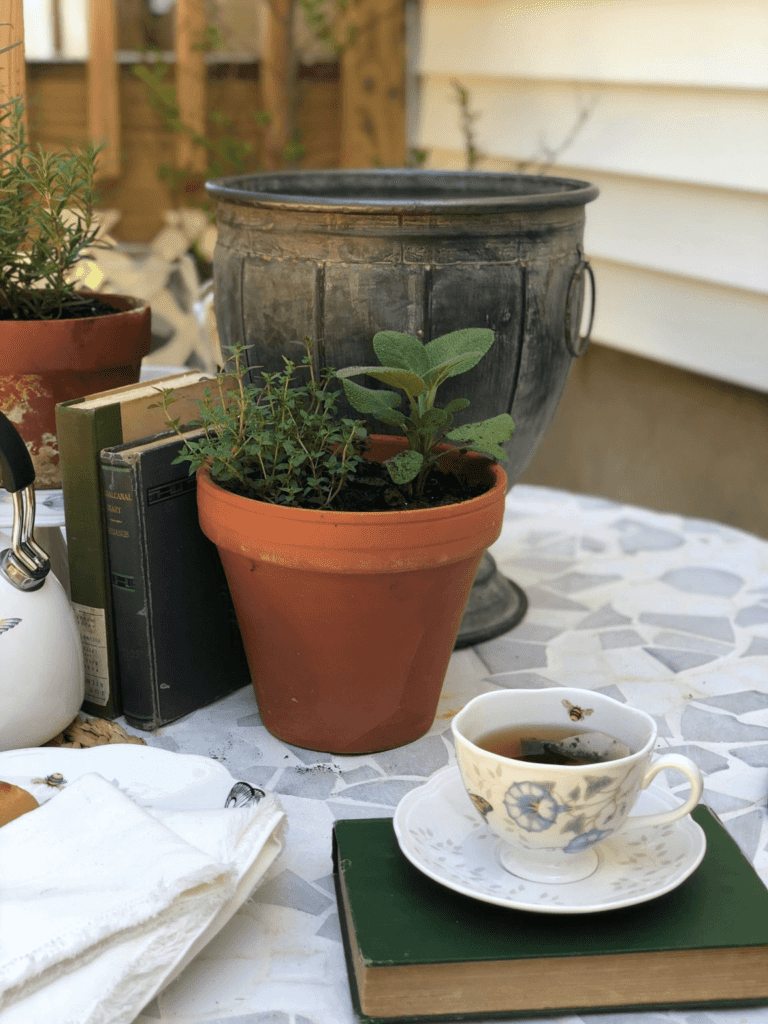 Welcome Home Sunday: Outdoor Tea Party