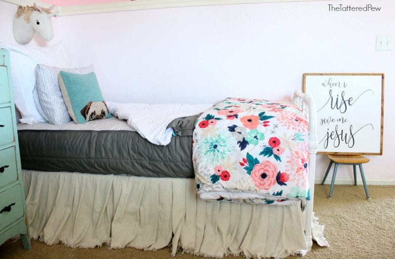 Beddy's bedding looks grade on any bed. #beddysbedding #beddys