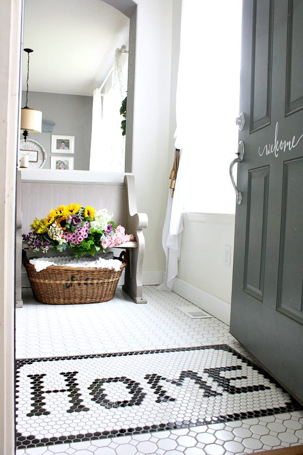 Vintage Inspired Black and White Entry Reveal