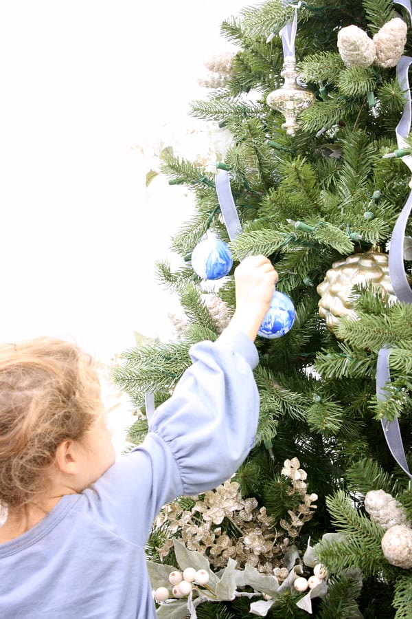Decorating With Blues For Christmas