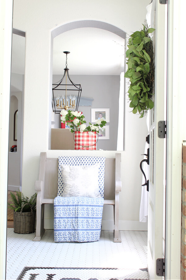 Our casual summer home tour: the entry