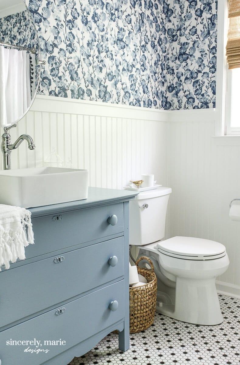 Welcome Home Sunday: Cheery Blue Bathroom
