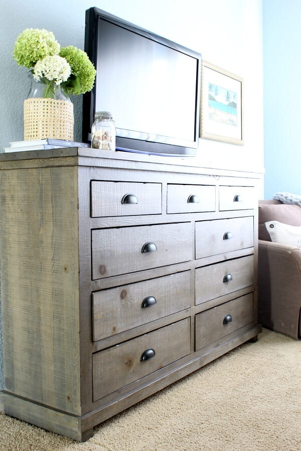 The finishing touch to our master bedroom makeover was this gorgeous dresser from Wayfair!