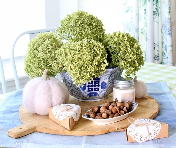 Cozy Fall Kitchen Decor and Hosting Tips