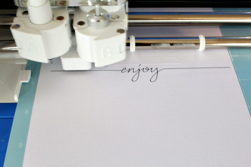 Using the pen on the Cricut Explore Air 2 is so much fun and so easy too!