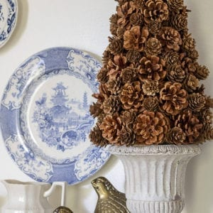 Welcome Home Sunday : DIY Pinecone Tree