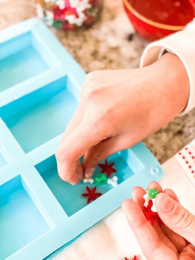 Easy homemade Christmas soaps for kids!