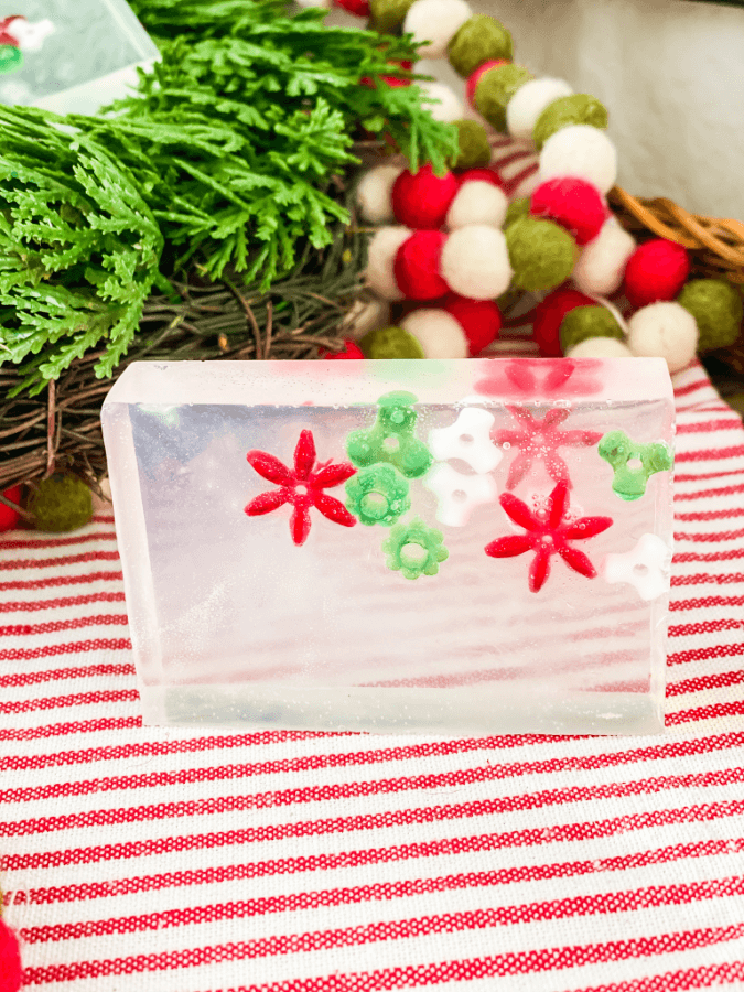 HTe cutest little homemdae Christmas soaps you ever did see!