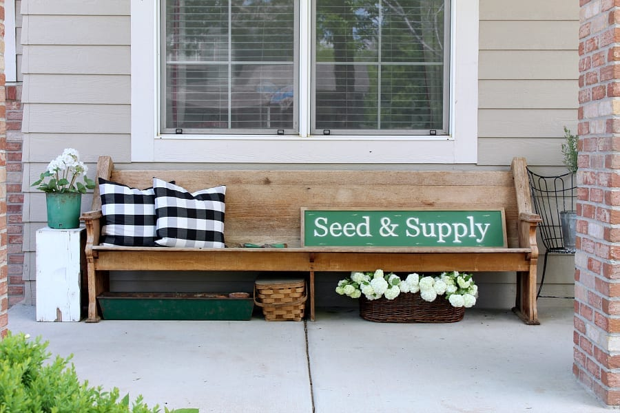 Tips and tricks for easy porch decor.