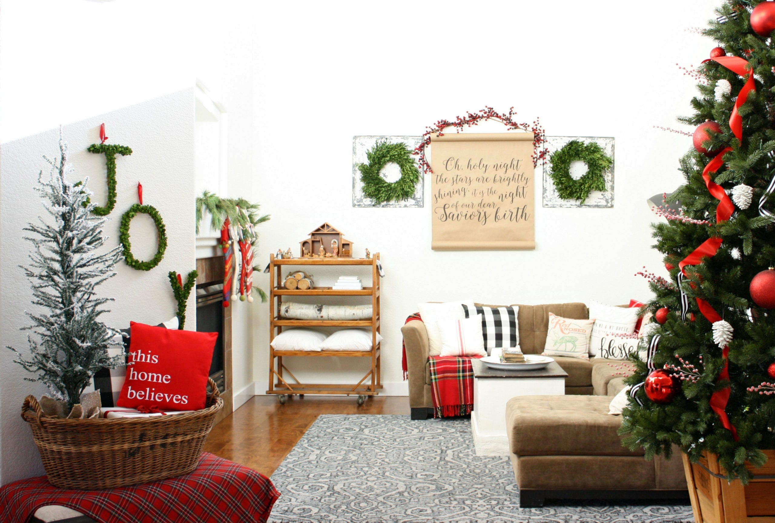 Christmas Home Tour » The Tattered Pew