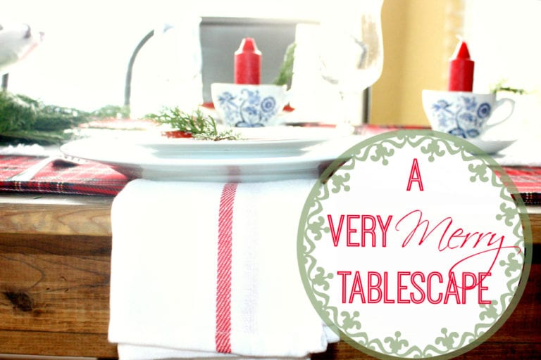 A Very Merry Tablescape