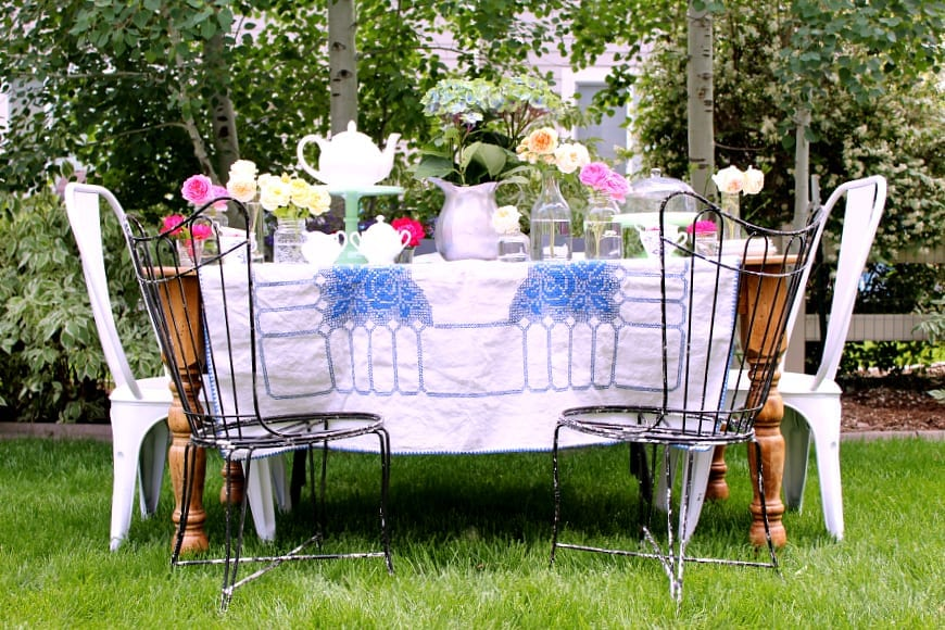 Simple and fun tips on how to host a garden tea party!