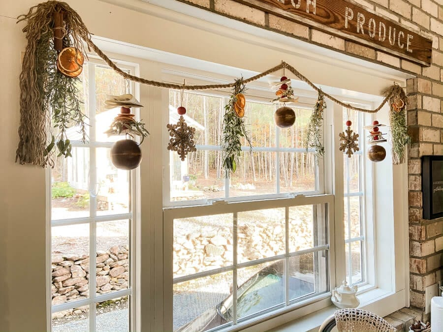 Welcome Home Sunday: Dried Fruit and Herb Garland