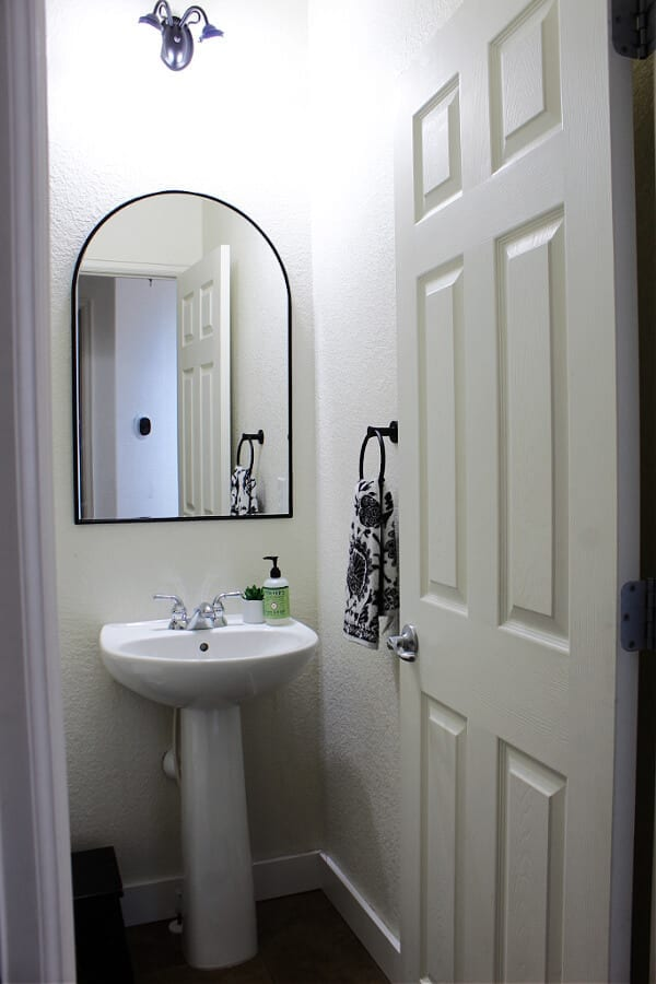 This refresh all started with this gorgeous black accent mirror from Home Depot.