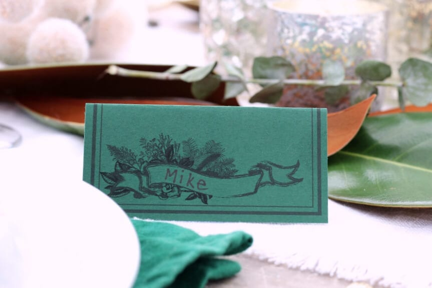 Download these gorgeous and free printable place cards for your next holiday or family gathering!