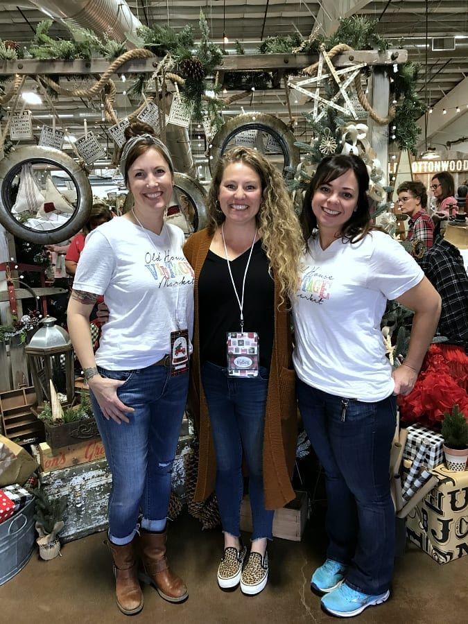 Holiday vintage market shopping in Northern Colorado!