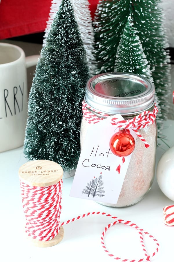 Homemade Hot Chocolate In a Jar and Printable Gift Tags