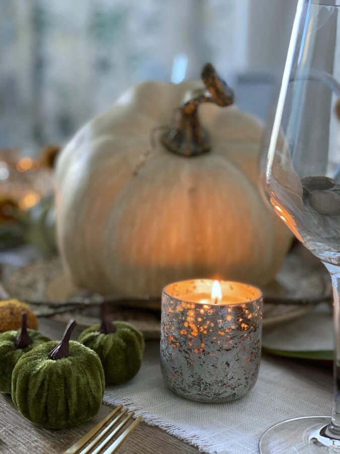 How to create a cozy and affordable Thanksgiving table!
