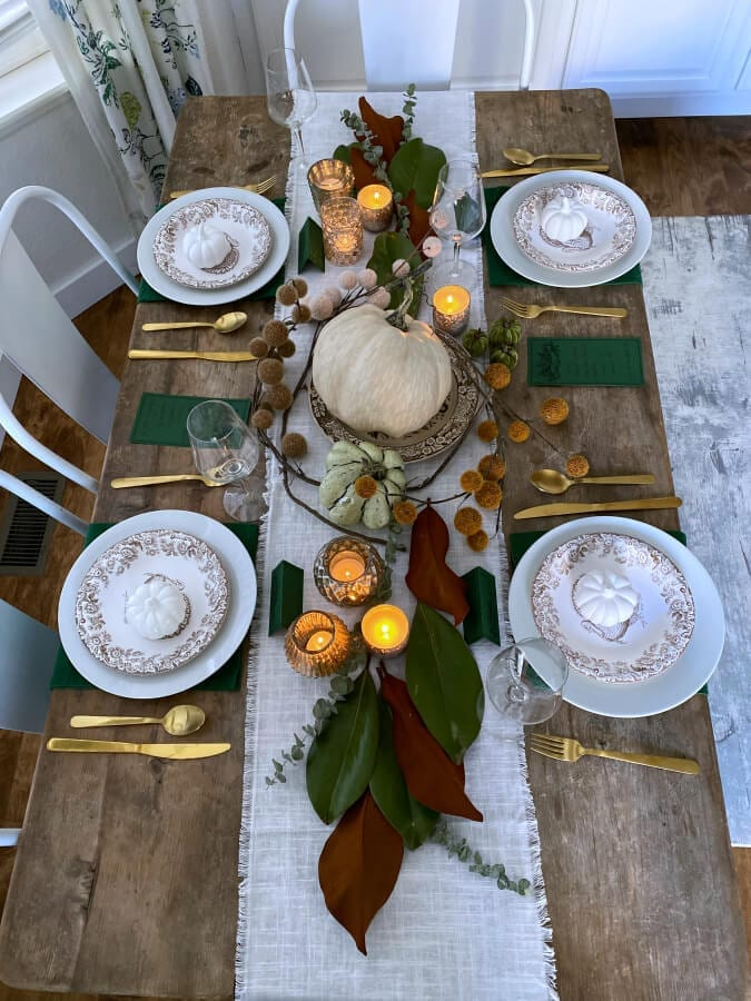 How to create a cozy Thanksgiving table!