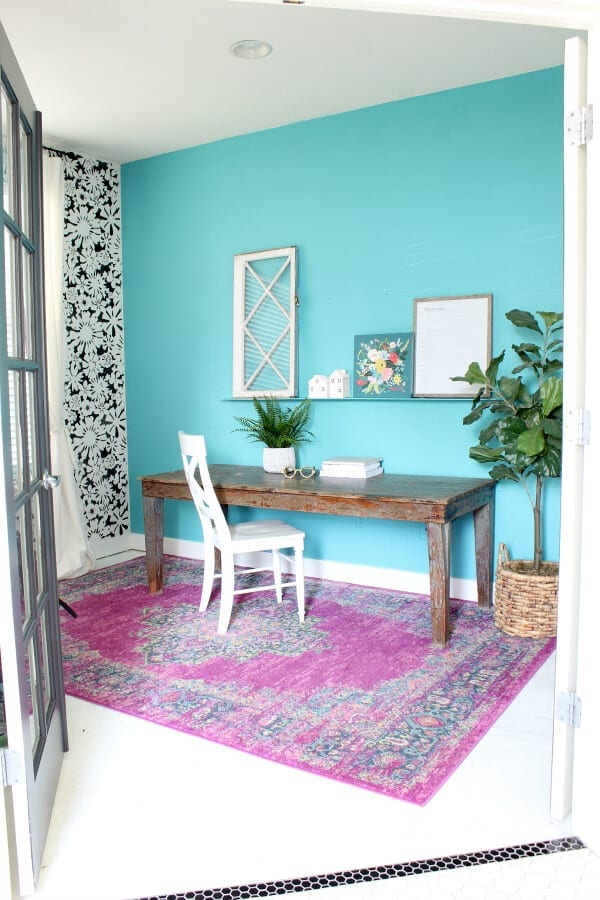 Welcome Home Sunday: How to paint an accent wall in your home office