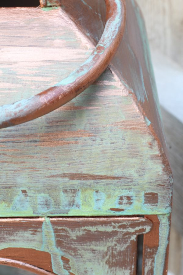 Use this technique for creating a faux copper look with patina!